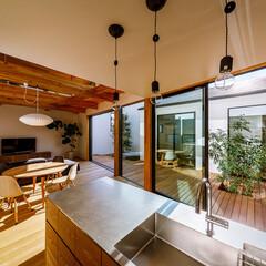 ウッドデッキ/中庭デッキ/中庭住宅/中庭のある家/中庭/インテリア/... キッチン&中庭まわり♪ : ■haus-…