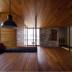 一戸建て/リビング/バルコニー/ダイニング/インテリア/livingroom/... 広いテーブルとベンチソファのあるダイニン…