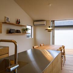 家/家づくり/設計事務所/設計/中庭/バルコニー/... 2階ダイニングキッチンとパントリー…(2枚目)