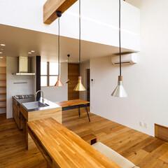 ペンダントライト/リビング/設計/一戸建て/インテリア/interior/... カフェスペースにある3色のペンダント♪ …