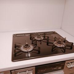 ガスコンロ/コンロ/おうちの美化委員/キッチン掃除/お掃除/キッチン/... 昨日はコンロまわりをピカピカにしましたー…(2枚目)