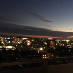 灯り/夜/夜景 昨晩のベランダからの風景です🌉 ふと外を…