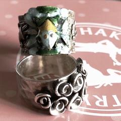 銀製品/カエル/作家物/指輪 最近のお気に入りの指輪です💍 見た目怪し…