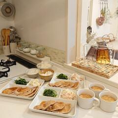 しょうが焼き/夕飯/100均/キッチン雑貨 昨日の夕飯はしょうが焼きです♪ 簡単に作…