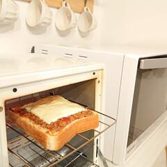 ミートソース/トースター/朝ごはん ミートソースが残った時は食パンにミートソ…