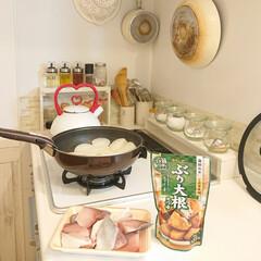 夕飯/ぶり大根/モランボン 小5娘ちゃんが作ってくれる夕飯はぶり大根…(1枚目)