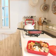 ティファール 卵焼きフライパン 14×18cm キャストライン IH対応 IHC76618(温湿度計)を使ったクチコミ「今朝小6娘ちゃんに、お弁当を作りました。…」