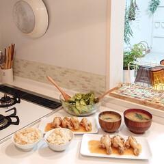 タケノコご飯/夕飯のおかず/わたしのごはん 昨日の夕飯はタケノコご飯と鶏肉のマーマレ…
