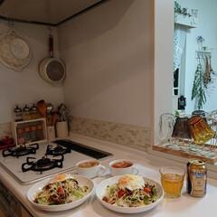 タコライス/夕飯/DIY/100均/ニトリ/ごはん 昨日の夕飯は我が家の定番、タコライスにし…