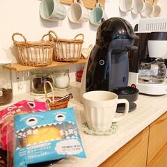 Nestle/ネスレ MD9744-PB ネスカフェ ドルチェグスト Piccolo プレミアム | ネスカフェ ドルチェ グスト(コーヒーメーカー)を使ったクチコミ「ファミリーマートのスイーツ♪ どっちを食…」