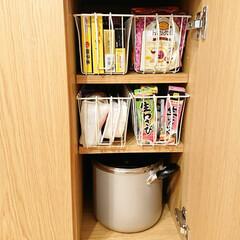 ワイヤーカゴ/ナチュキチ/キッチンボード キッチンボードの中の収納を見直しました!…