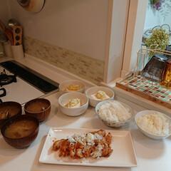夕飯のおかず/味噌汁/油淋鶏/はらぺこグルメ 旦那さんが油淋鶏が好きなのでさっさと作り…
