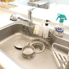 排水口/Takara standard/三角コーナー/キッチンハイター/シンク掃除/キッチンシンク 最近じめじめして、排水口のニオイが気にな…