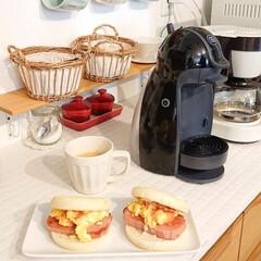 朝ごはん/サンドイッチ/DIY/キッチン/わたしのごはん 息子にイングリッシュマフィンでサンドイッ…(1枚目)