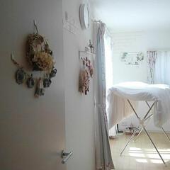 寝室/リース手作り/ガーランド手作り/羽毛布団/DIY 久しぶりに晴れたので羽毛布団干しました♪…
