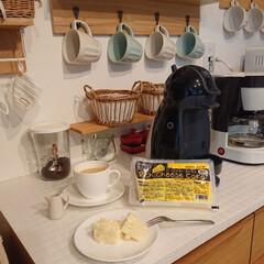 チーズケーキ/業務用スーパー/わたしのごはん 今朝の朝ごはんは、業務用スーパーで買った…(1枚目)