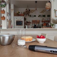 コードレス充電式ハンドブレンダー RHB-100J | クイジナート(その他調理用具)を使ったクチコミ「今日は生クリームを作ってケーキを作ってみ…」(3枚目)