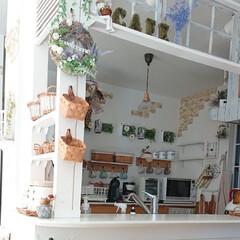リミとも部/キッチン/3COINS/ニトリ/ダイソー/セリア/... キッチンの壁に棚を作りました🎵 材料は1…(1枚目)
