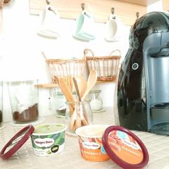 Nestle/ネスレ MD9744-PB ネスカフェ ドルチェグスト Piccolo プレミアム | ネスカフェ ドルチェ グスト(コーヒーメーカー)を使ったクチコミ「今日のおやつは、ハーゲンダッツ⤴️🙌 小…」