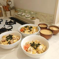 ナチュラルキッチン/夕飯/食事情/リミアな暮らし 昨日の夕飯は親子丼にしました♪ 息子は鶏…