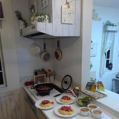 味噌汁/パスタ/夕飯/キッチン/おうちごはん 昨日は鶏肉とベーコン、なすのトマト煮のパ…(1枚目)