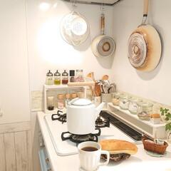 コーヒー/お昼ごはん/フライパン収納/おうちごはん/暮らし/DIY/... 今日のお昼は、ミルクフランスパンにコーヒ…