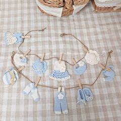 ミンネで販売中/ガーランド/編み物/ハンドメイド/わたしの手作り ブルーとホワイトの二種類の毛糸を使いガー…
