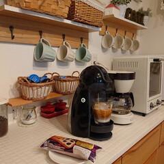 レーズンサンド/自宅カフェ/キッチン/わたしのごはん 私の最近のお気に入りは、レーズンサンド9…