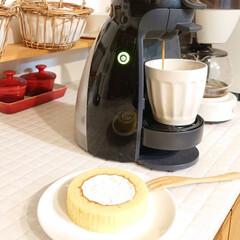 ドルチェグスト/自宅カフェ/ロールケーキ/セブンイレブン/わたしのごはん 今日の朝ごはんは息子がセブンイレブンで買…
