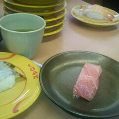 母の日 今日は、家族で回転寿司🍣 旦那様と兄とで…