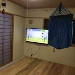 和室DIY/障子カラー/障子紫と、グリーン/ハンモック 和室をフローリングにDIY!  この写真…