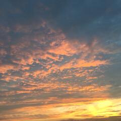 空/夕焼け 数時間前に、雷と雨が凄かったのに… 綺麗…