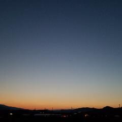 散歩道/夕暮れ/夕暮れ時の空/夕焼け/月/空/... 連チャンUPで失礼~ぃσ(*^^*)  …(103枚目)