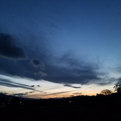 ハートの雲/夕焼け雲/夕焼け/夕焼け景色/LIMIAおでかけ部/フォロー大歓迎/... 夕焼けにハート✨の雲を見つけた❤💕💓 4…