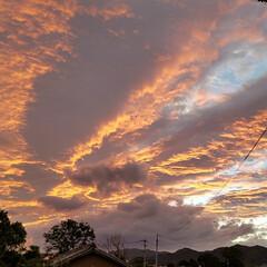 台風雲/台風 台風直前の今日の夕焼け🌆  今年は、たく…