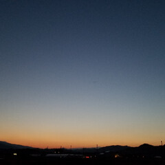 散歩道/夕暮れ/夕暮れ時の空/夕焼け/月/空/... 連チャンUPで失礼~ぃσ(*^^*)  …(128枚目)