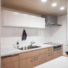 キッチン/キッチンインテリア/スッキリ/システムキッチン/収納/キッチン収納 わが家のキッチン。なんてことないシステム…(1枚目)