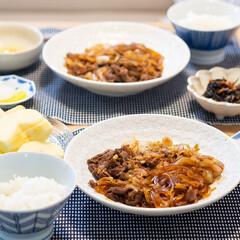 おうちごはん部/料理/献立/夕食 ある日の晩ごはん。 ・すき焼き風ごった煮…