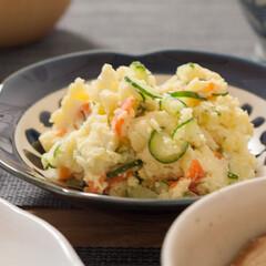ポテサラ/おうちごはん/手作りごはん/ポテトサラダ/家庭の味/ごはん わが家のポテサラ。 ポテトサラダって、じ…(1枚目)