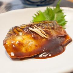 おうちごはん/レシピ/手作り/献立/魚料理 ある日のサバの味噌煮。 フライパンを使っ…