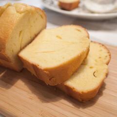 おやつ/手作り/スイーツ/ケーキ シンプルな基本のパウンドケーキ。 混ぜて…