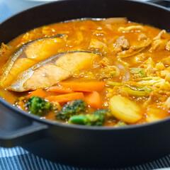 ストウブ 鍋 Staub ブレイザー ソテーパン 24cm ブラック   STAUB(両手鍋)を使ったクチコミ「ある日の晩ごはんは無印良品のビスク鍋。 …」