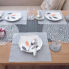 イケア/食器/おもてなし/ホムパ/グラス 友達とお家でランチ会の時はイケアの紙ナプ…