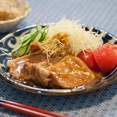 わたしのごはん/おうちごはん部/コンビニ飯/生姜焼き ダンナが飲み会につき、ひとりの晩御飯。 …