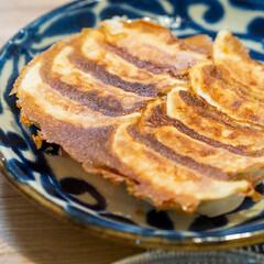 おうちごはん部/料理/献立/夕食/餃子/家庭料理 ある日の副菜は餃子。 あらかじめ片栗粉が…