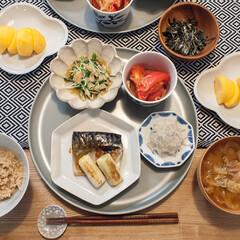 おうちごはん/和食/豆皿/食器/器 ある日に晩ごはん。 魚は焼いただけ、副菜…