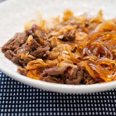 おうちごはん部/料理/献立/夕食 見事に茶色いおかず。すき焼き風ごった煮で…