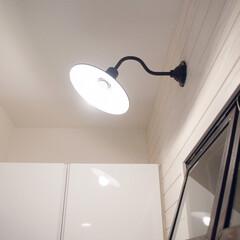 ブラケットライト/玄関/おうち/キッチン雑貨/インテリア/家具/... リノベーションで玄関に取り付けてもらった…