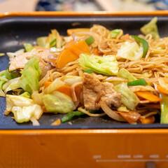 おうちごはん部/料理/献立/BRUNO/ホットプレート BRUNOホットプレートでお好み焼きを焼…