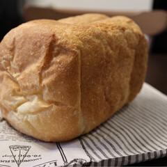 フォロー大歓迎/グルメ/フード/おうちごはん/おうちごはんクラブ/キッチン/... 幸せ朝ごはん💗 お家で食パンを焼いて厚切…(2枚目)